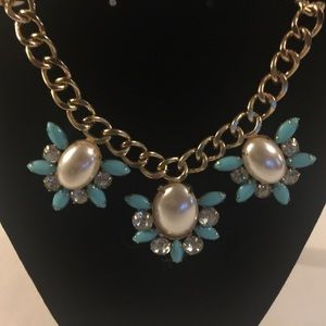 """Gold Tone Necklace w/ Faux Pearl & Turquoise 18"""""""